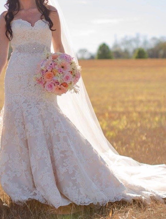 Allure Bridals '9215' size 6 used wedding dress front view on bride