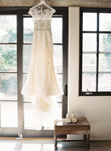 Load image into Gallery viewer, Liancarlo '7814' size 6 used wedding dress front view on hanger