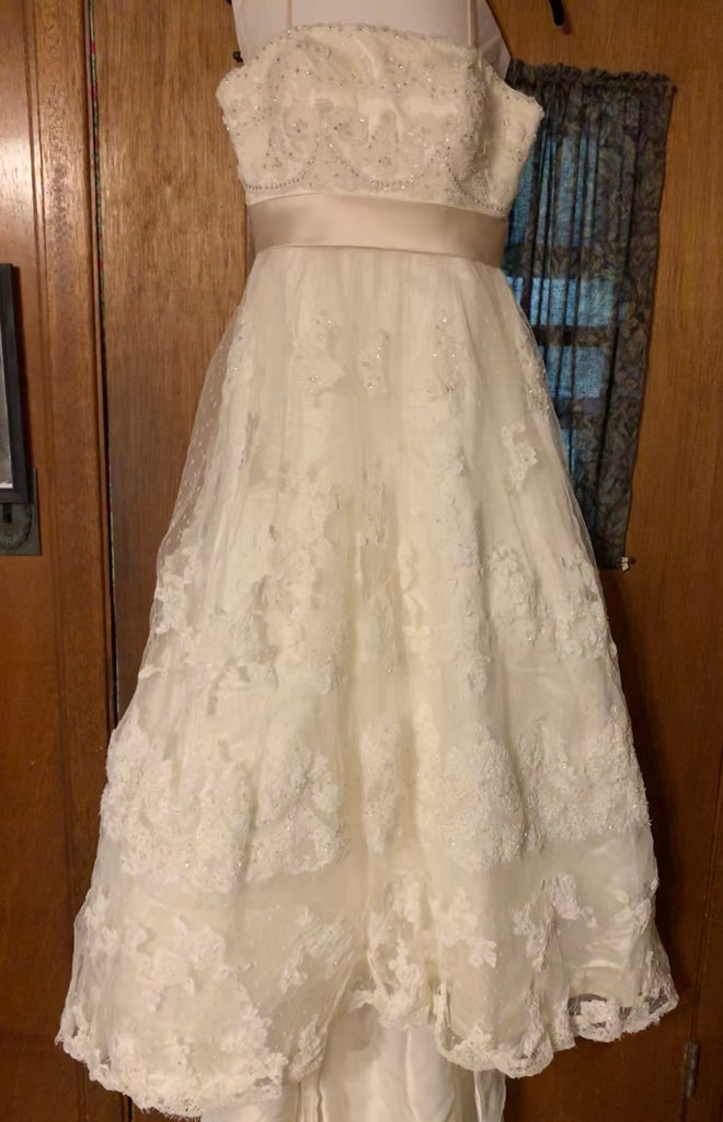 Casablanca '1900' size 10 used wedding dress front view on hanger