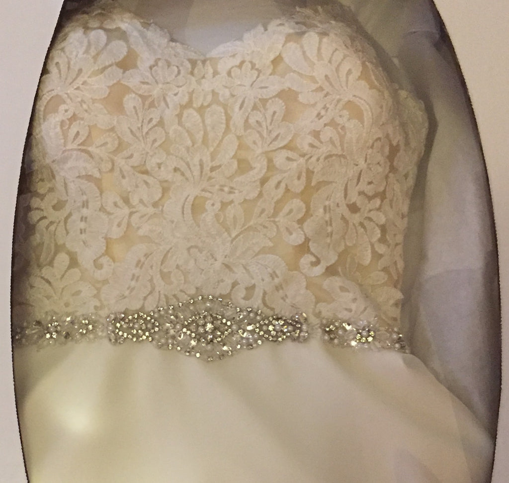 Mori Lee 'Chiffon' size 2 used wedding dress in box