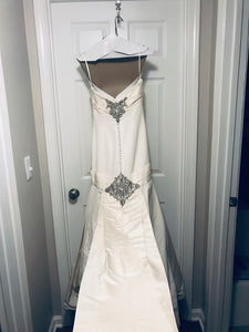 Priscilla of Boston 'Platinum Collection' size 4 used wedding dress back view on hanger