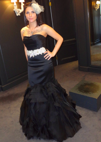 Vera Wang Black Tulle Mermaid Wedding Dress