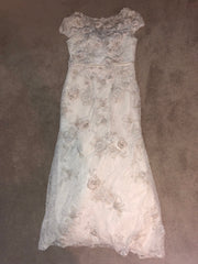 Melissa Sweet '3D Cap Sleeve' size 12 used wedding dress front view flat