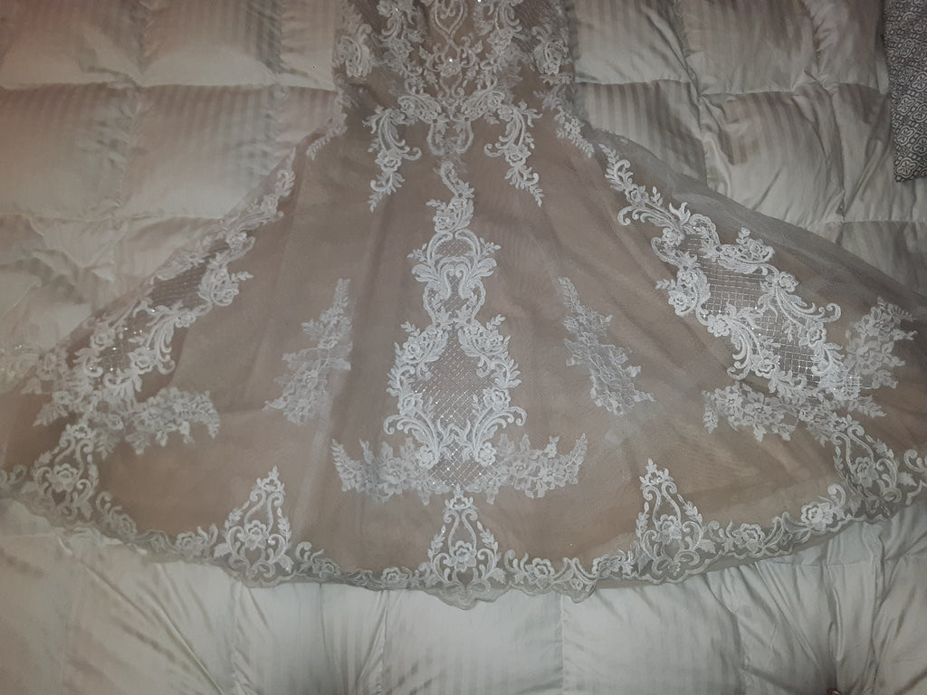 Maggie Sottero 'Autumn Lace' size 6 used wedding dress view of train