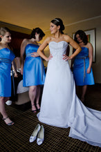 Load image into Gallery viewer, Mori Lee '2105' - Mori Lee - Nearly Newlywed Bridal Boutique - 3
