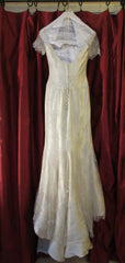 Vera Wang 'Juliet' size 4 used wedding dress back view on hanger