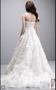 Vera Wang White 'A line Drop Waist' size 10 new wedding dress back view on model