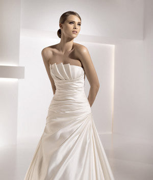 Pronovias 'Genova' - Pronovias - Nearly Newlywed Bridal Boutique - 5