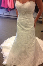 Load image into Gallery viewer, Casablanca '2072' - Casablanca - Nearly Newlywed Bridal Boutique - 8