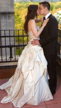 Load image into Gallery viewer, Kenneth Pool 'Alana' - Kenneth Pool - Nearly Newlywed Bridal Boutique - 4