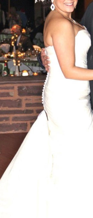 Mori Lee 'Beautiful Strapless' size 12 used wedding dress side view on bride