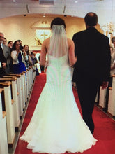 Load image into Gallery viewer, Marisa '858' - Marisa - Nearly Newlywed Bridal Boutique - 1
