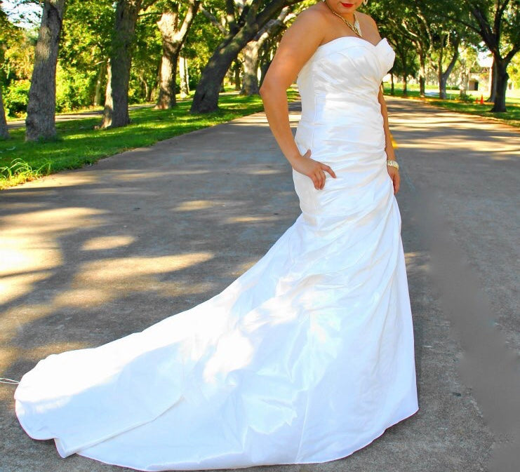 Mori Lee 'Beautiful Strapless' size 12 used wedding dress front view on bride