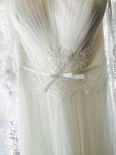 Load image into Gallery viewer, Rosa Clara 'Intimo' - Rosa Clara - Nearly Newlywed Bridal Boutique - 2