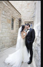 Load image into Gallery viewer, Matthew Christopher 'Hannah' - Matthew Christopher - Nearly Newlywed Bridal Boutique - 3