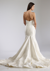 Tulle 'Scarlett' size 4 used wedding dress back view on model