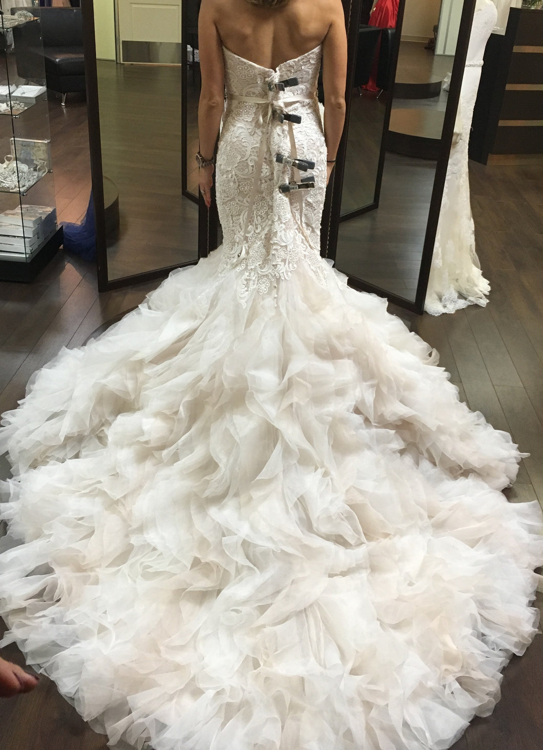 Allure 9254 - Allure - Nearly Newlywed Bridal Boutique - 3