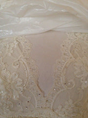 Pnina Tornai 'Lace Wedding Gown' - Pnina Tornai - Nearly Newlywed Bridal Boutique - 3