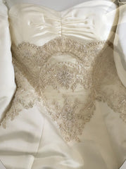 Oleg Cassini '239' - Oleg Cassini - Nearly Newlywed Bridal Boutique - 1
