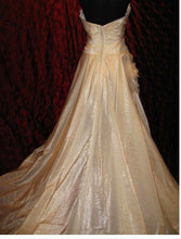 Load image into Gallery viewer, Pronovias 'Uango' - Pronovias - Nearly Newlywed Bridal Boutique - 1