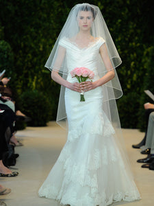Carolina Herrera 'Andrea' - Carolina Herrera - Nearly Newlywed Bridal Boutique - 1