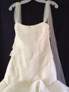 White by Vera Wang 'Fit and Flare' - White by Vera Wang - Nearly Newlywed Bridal Boutique - 5