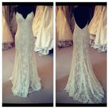 Load image into Gallery viewer, Monique Lhuillier 'Ali' - Monique Lhuillier - Nearly Newlywed Bridal Boutique - 3