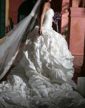 Load image into Gallery viewer, Ines Di Santo 'The Natalia' - Ines Di Santo - Nearly Newlywed Bridal Boutique - 2