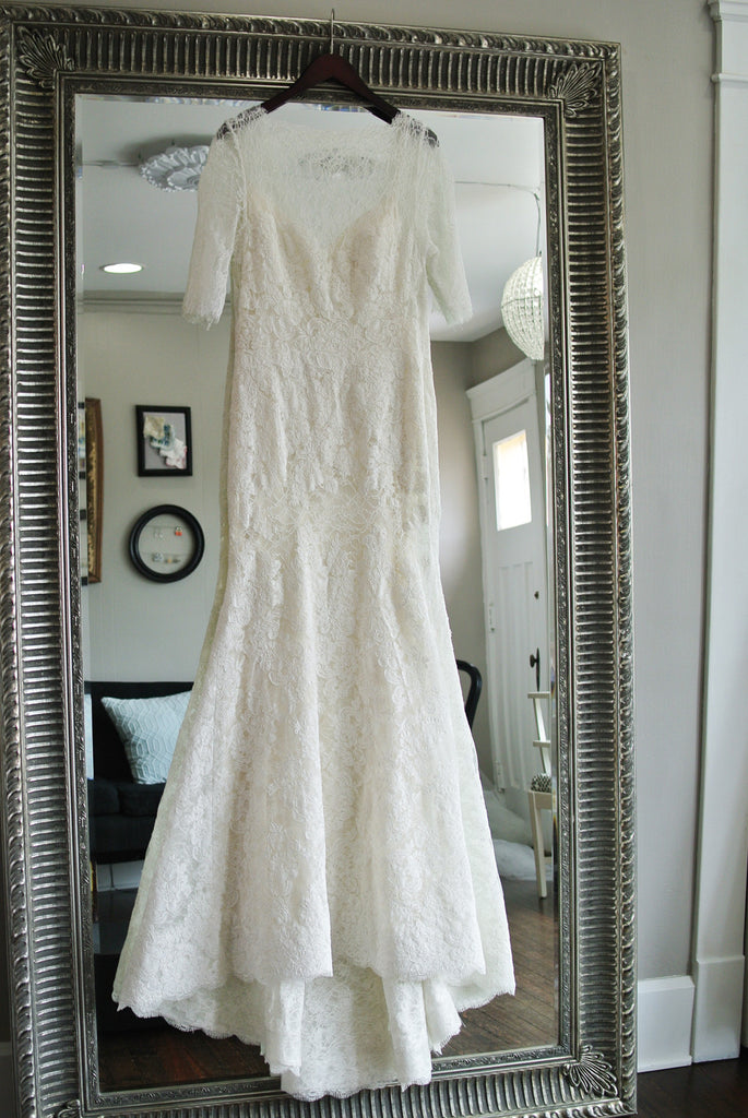 Watters \'Kerry\' size 12 sample wedding gown - Nearly Newlywed