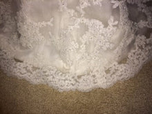 Load image into Gallery viewer, Maggie Sottero 'Lorie' - Maggie Sottero - Nearly Newlywed Bridal Boutique - 2