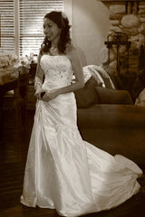 Enzoani 'Adana' - Enzoani - Nearly Newlywed Bridal Boutique - 4