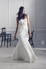 Load image into Gallery viewer, Melissa Sweet Eze Dress - Melissa Sweet - Nearly Newlywed Bridal Boutique - 3