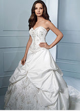 Load image into Gallery viewer, Alfred Angelo 'Sapphire Collection 758' size 12 used wedding dress front view on model