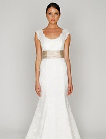 Bliss by Monique Lhuillier Mermaid Lace Wedding Dress - Monique Lhuillier - Nearly Newlywed Bridal Boutique - 5