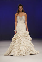 Load image into Gallery viewer, Eve of Milady Mermaid Dress - eve of milady - Nearly Newlywed Bridal Boutique - 3