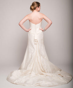 Elizabeth Fillmore 'Analise' Ivory Taffeta Wedding Dress - Elizabeth Fillmore - Nearly Newlywed Bridal Boutique - 3