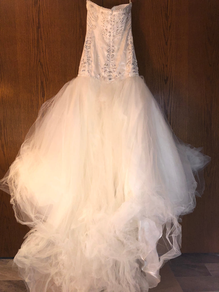 Exquisite Bride 'Zoe' size 10 new wedding dress back view on hanger
