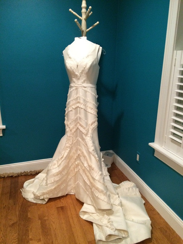 Carolina Herrera 'Virginia Woolf' - Carolina Herrera - Nearly Newlywed Bridal Boutique - 1