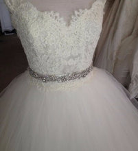 Load image into Gallery viewer, Lazaro '3309' - Lazaro - Nearly Newlywed Bridal Boutique - 5
