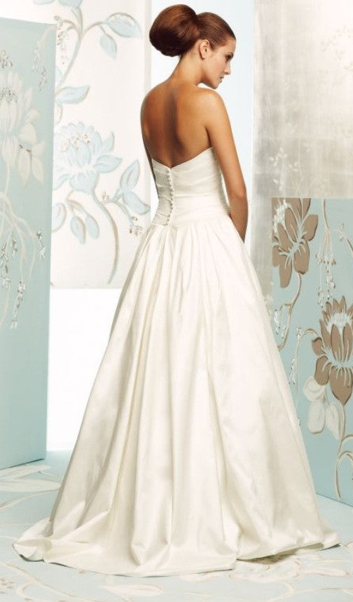Paloma Blanca 'Silk Dupioni' - Paloma Blanca - Nearly Newlywed Bridal Boutique - 1