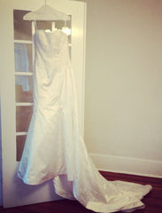 Monique Lhuillier 'Bliss' 1103 Wedding Dress - Monique Lhuillier - Nearly Newlywed Bridal Boutique - 2