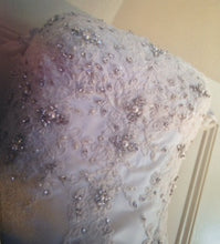 Load image into Gallery viewer, Pnina Tornai style #792 - Pnina Tornai - Nearly Newlywed Bridal Boutique - 5