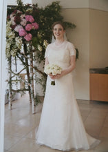 Load image into Gallery viewer, Jenny Lee 'Rachel' - Jenny Lee - Nearly Newlywed Bridal Boutique - 1