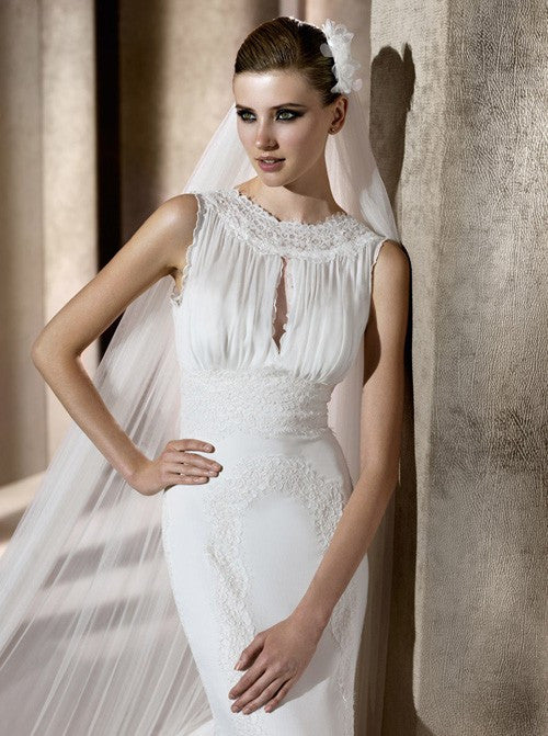 Pronovias Brisa Trumpet Bateau Wedding Dress - Nearly Newlywed Wedding Dress Shop - Nearly Newlywed Bridal Boutique - 2