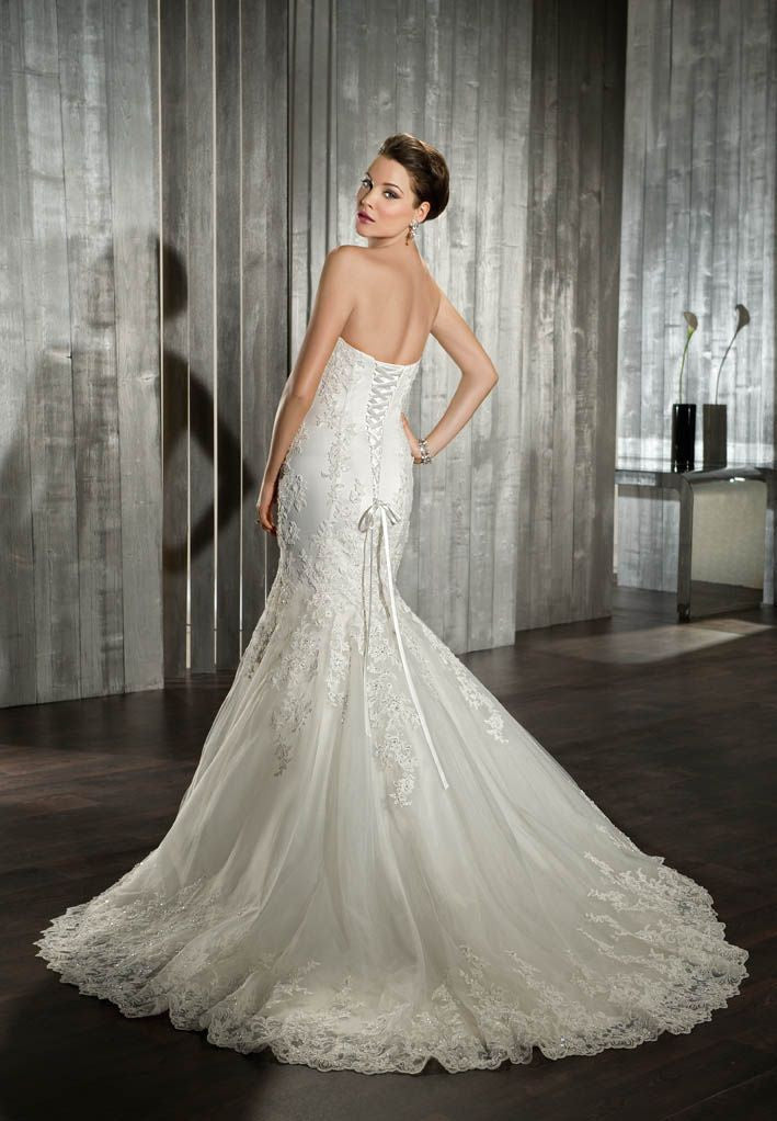 Demetrios Wedding Dress Style 7519 - Demetrios - Nearly Newlywed Bridal Boutique - 3