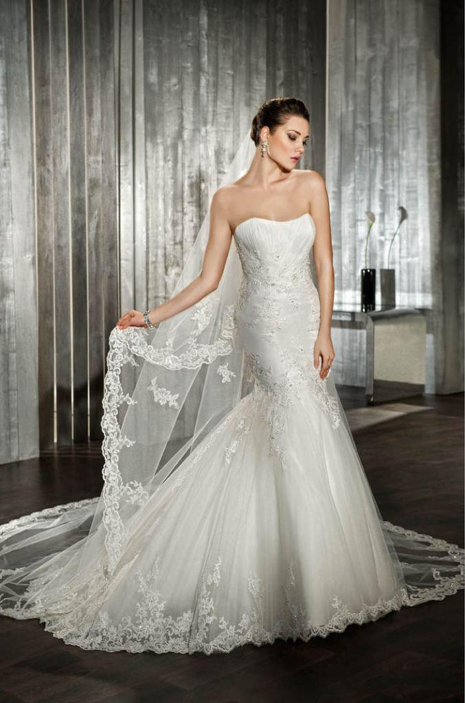 Demetrios Wedding Dress Style 7519 - Demetrios - Nearly Newlywed Bridal Boutique - 1