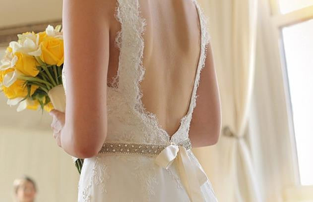 Robert Bullock Lace Julia Wedding Dress - Robert Bullock - Nearly Newlywed Bridal Boutique - 3
