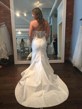 Load image into Gallery viewer, Legends of Romona Keveza 'Jessica' L5132 - Romona Keveza - Nearly Newlywed Bridal Boutique - 1