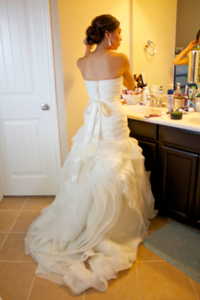 White by Vera Wang 'Organza Fit and Flare' - White by Vera Wang - Nearly Newlywed Bridal Boutique - 4