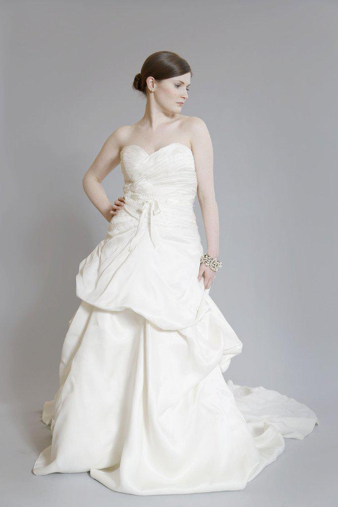 Monique Lhuillier 'Yelena' Silk Dress - Monique Lhuillier - Nearly Newlywed Bridal Boutique - 3